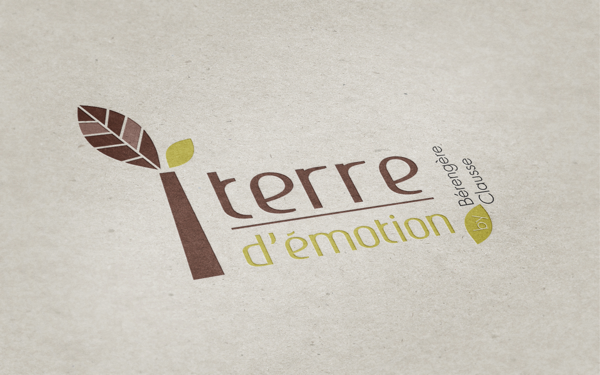 creation logo terre emotion berengere clausse terre feuille nature vie marron brun vert