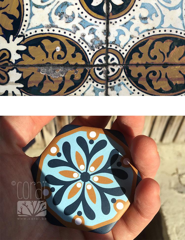 grand badge hexagone vieux carrelage motif floral retro vintagemoutarde bleu ocre